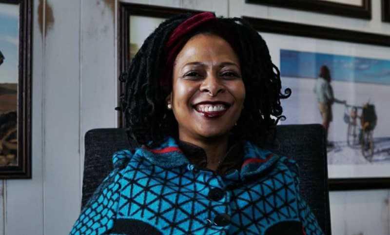 Dr Sibongiseni Tunzelana Thotsejane